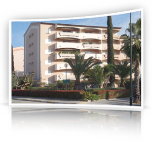 Location Appartement HYERES (83400)